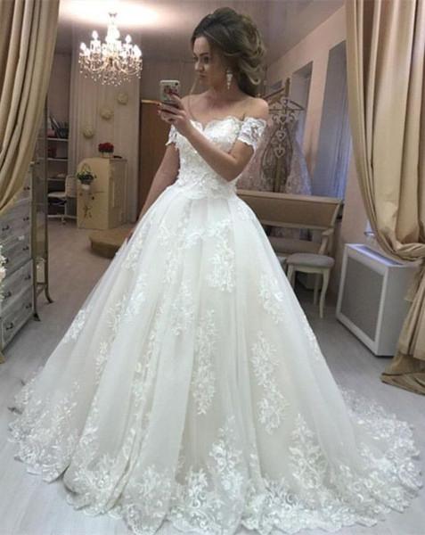 New Beautiful Strapless Lace A Line Wedding Dress Sleeveless Wedding Dress Gown Bride De Mariee Robes Robes De Soirée Coloured Wedding Dresses Uk