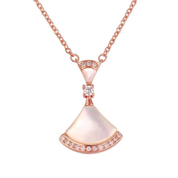 Collier en argent pur S925 avec or rose 18 carats et élégante chaîne en forme d'éventail avec pendentif en Europe et en Amérique
