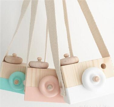 top popular New Style Wooden Toy Camera Creative Toy Neck Photography Prop Decor Children Festival Gift Baby Educational Toy L131 2021