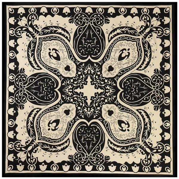 New Silk Scarf Women Square Scarves Wraps Spain Cashew Stampa classica in bianco e nero con pois dorati Neckerchief Female Silk Hijab 100cm
