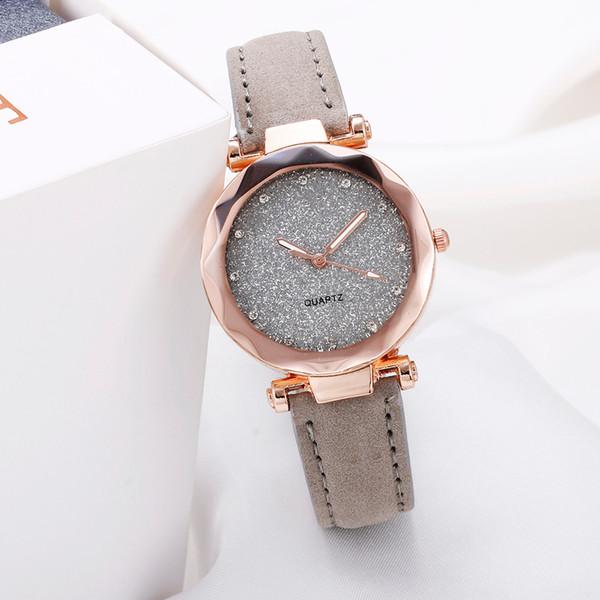 designer watches Best Selling Women Watch Fashion Roman Numerals Dial Ladies Quartz Wristwatch Exquisite Leather Strap Clock