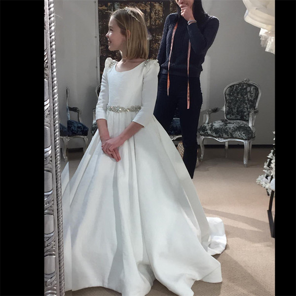 best selling White Long Sleeves Satin Flower Girls Dresses Beaded Ruffles Hollow Back A Line Floor Length Flower Girl Dresses Formal Wears With Buttons