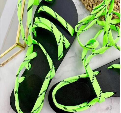 Renk Gladyatör Düz Sandalet Çevirme Sandalet Büyük Boy Tasarımcı kadın Ucuz Ayakkabı Yaz