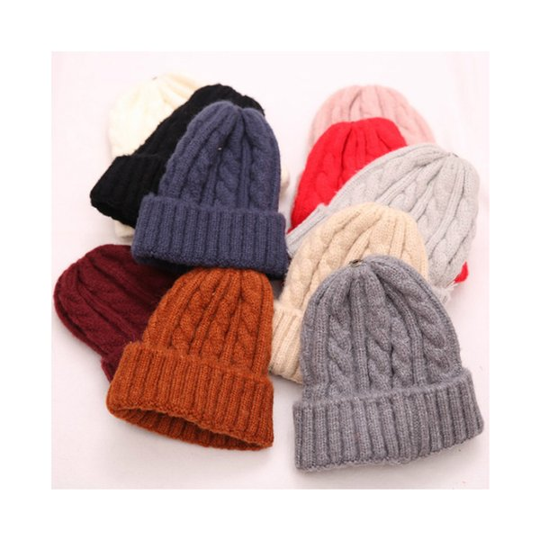 2018 New Cute Winter Hat Solid Color Warm Knitted Bonnet Skullies Beanie Caps Outdoor Casual Beanies for Women Men Girl Students