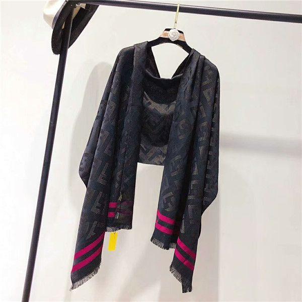 Hermosa, de moda de alta calidad para mujer de cuatro estaciones bufanda de seda letra tira patrón bufanda chal tamaño 180 * 70cm bufanda sin caja