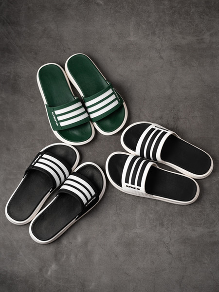 Designer Rubber summer flip flops slippers fashion slide sandals with Three Striped Green White color Sports mens womens shoes Scuffs Indoor