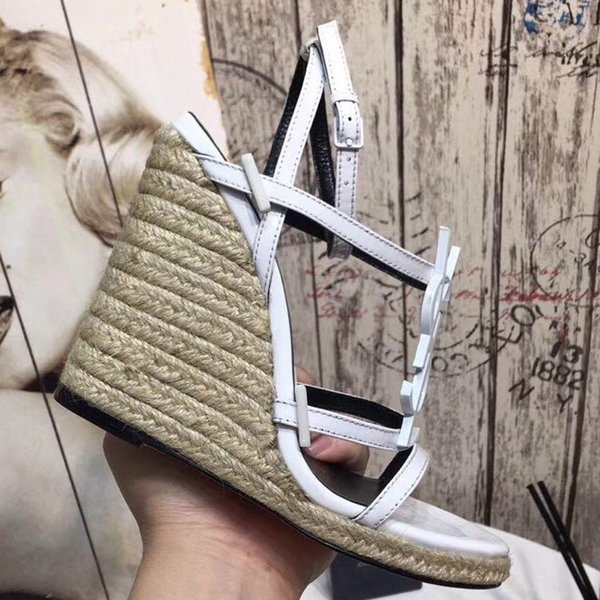 With Box Best Quality Slippers Sandals Slides Slippers Sandals Designer Shoes Huaraches Flip Flops Loafers Scuffs For Woman by shoe06 SLL203