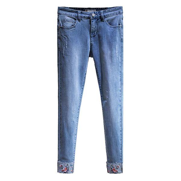 Weiche Jeans Für Frauen Cowboy Elastische Lässige Stickerei Floral Denim Hosen Knöchellangen Femme Hose Freund Jeans Plus Größe