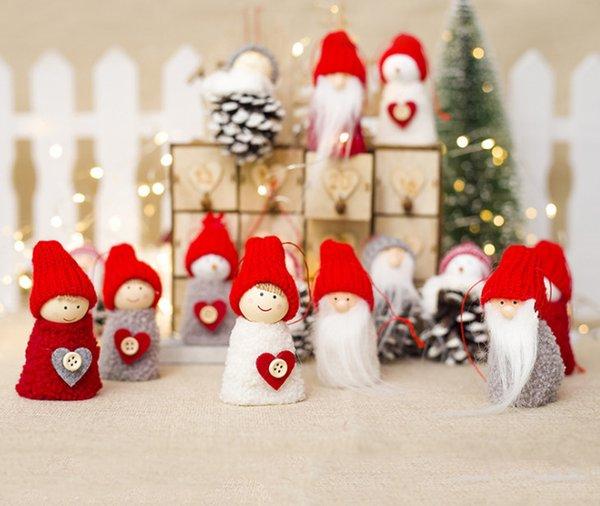 Imagenes De Navidad 2019.Compre 2019 Nuevas Decoraciones De Navidad De Madera Creativo De Pina De Pino Muneca Muneca Colgante De Un Paquete De Arbol Encanto Muneca Mini De