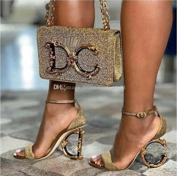 Saltos altos das mulheres novas da forma Material transparente Macio e confortável Altura do salto: 10.5cm Tamanho 35-42 Sapatos de salto irregular de pele brilhante