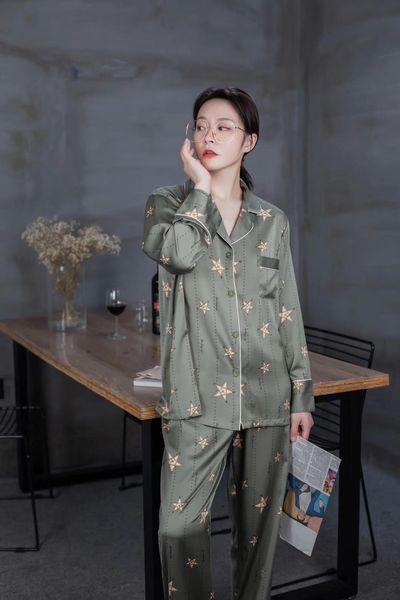 Sexy Lingerie Erkek Kadın Secr Saten Gecelik İskandinav Tarzı Dantel Kimono Gecelik Pijama Seksi Elbise V Yaka Yaz Salonu Saten Pijama M L