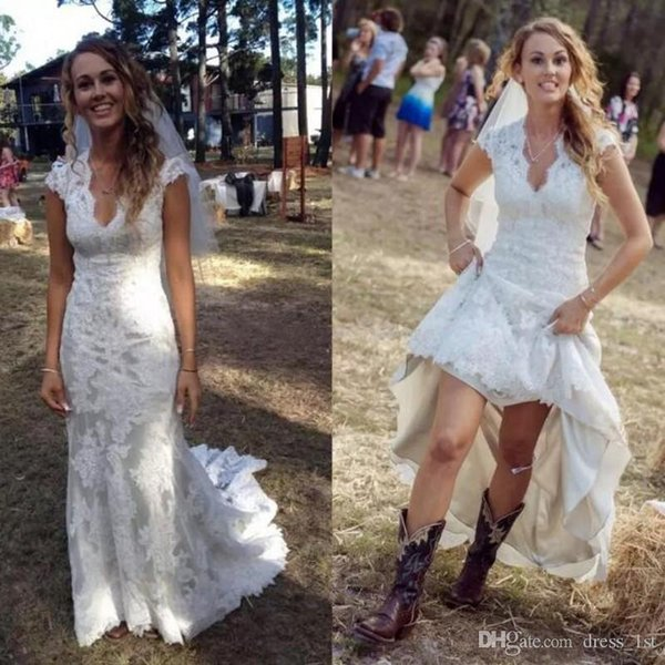 2019 Vintage Country Wedding Dresses V Neck Cap Sleeves Court Train Lace Wedding Dress Cowgirls High Low Open Back Bridal Wedding Gowns Cream Wedding