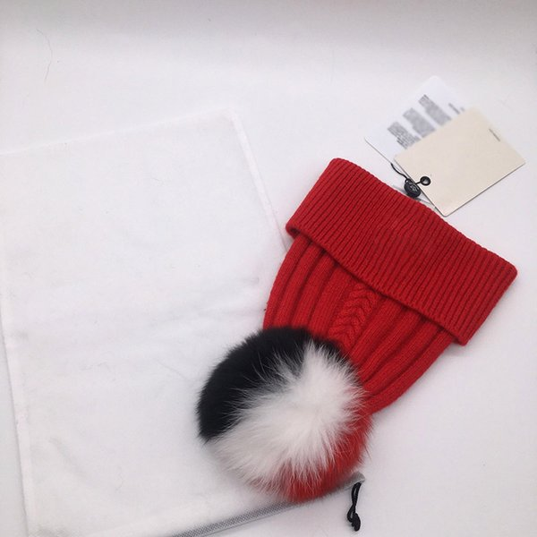 قبعة حمراء