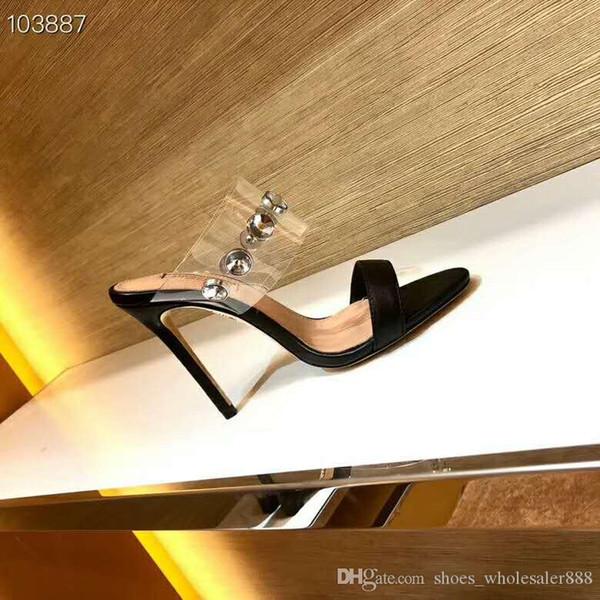 Moda yeni kadın ayakkabı High-end inek derisi sandalet Kadın Süper güzel eğlence Yüksek topuklu sandalet