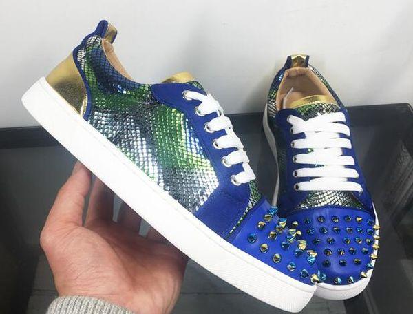 2019 Moda Lüks Tasarımcı Ayakkabı Düşük Kesim Spike Flats perçin dantel-up ayakkabı düz rahat renk eşleştirme yılan desen deri düşük ayakkabı