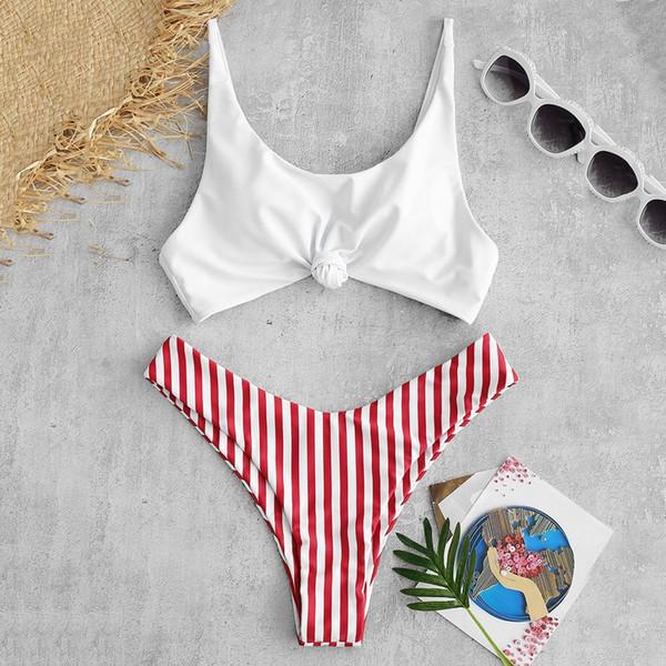 2019 Conjunto de bikini de nudo a rayas en contraste Traje de playa de verano Correas de espagueti acolchadas Crop Top Shorts conjuntos Ropa de playa para niñas