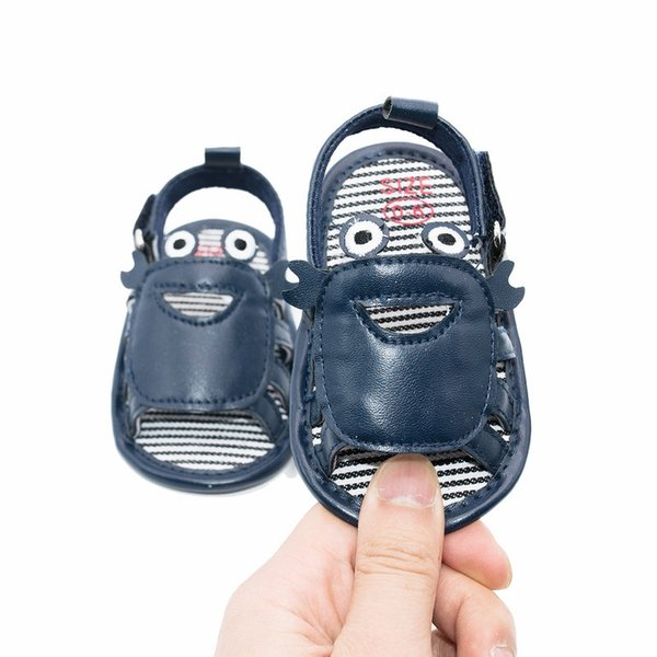 Verão New Infante recém-nascido Sandálias Bebés Meninos Calçados caranguejo bonito considerável sapatos macios Soled Crianças descalças Mocassins Crib Sandals Shoe