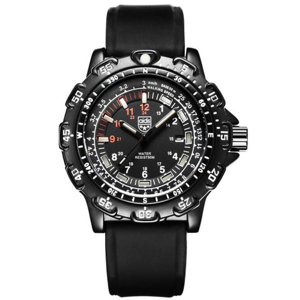 Les modèles d'explosion de montre à quartz de haute qualité imperméable à l'eau de montres pour hommes lumineux tactique extérieure multi-fonction pour hommes compas GMT deux endroits le temps
