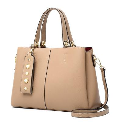 New hot sale fashion leather handbags bucket bag leather portable bucket bag Europe and the United States big brand with the same bag