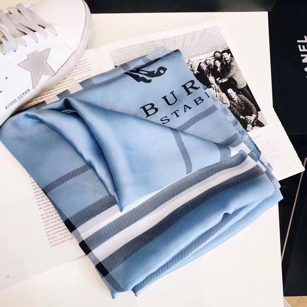 2019 Summer Classic Plaid Women Silk Shawl Scarf Printed Letter Scarf Beach Shawl Wifth Tag Size 180x90cm