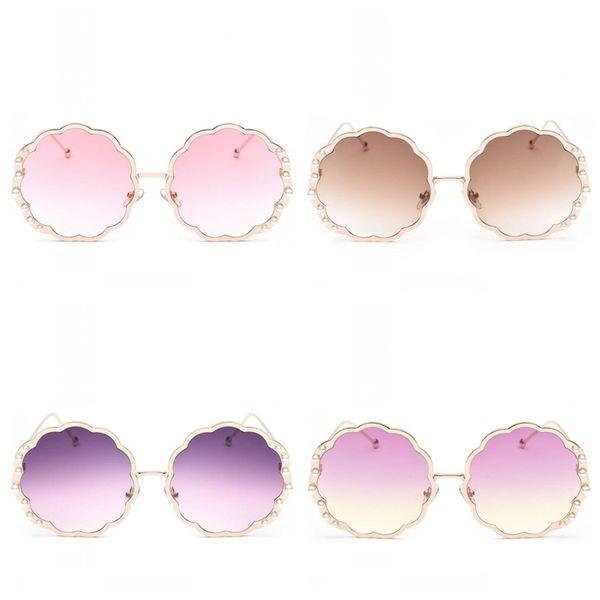 f52ec3664d2e flower eyeglass frames Coupons - Flower Metal Frame Fashion Glasses Pearl  Decoration Marine Lens Sunglasses Bardian