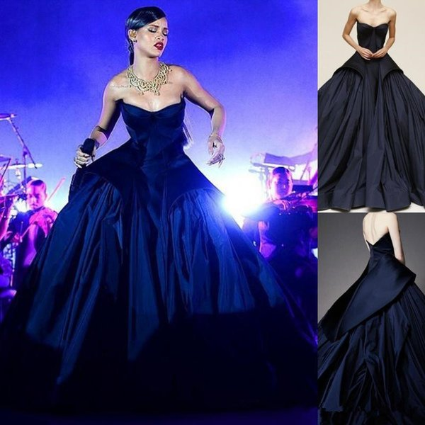 Rihanna Royal Blue Ball Gown Prom Dresses Long Train Celebrity Party Dress Strapless Arabic Formal Evening Gowns Red Carpet Dresses 2019