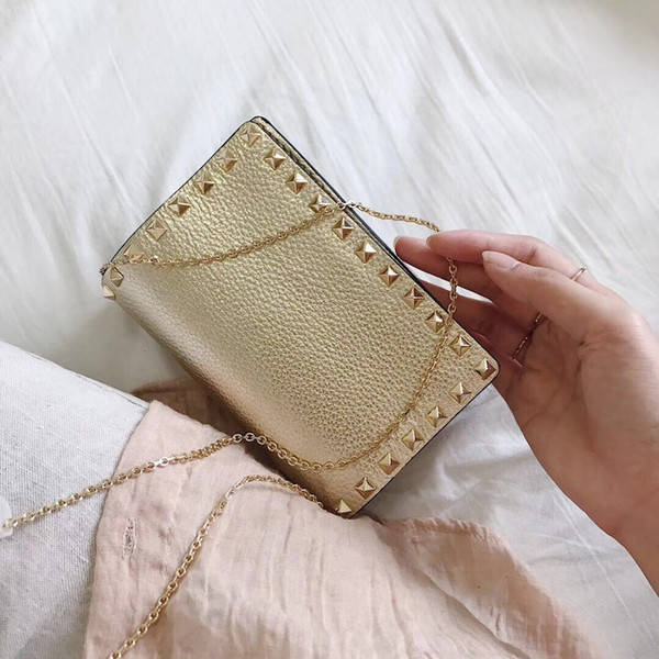 2018 Designer Inspired Valentines Golden rivet Bags Rivet Rockstyd Clutch Party evening Bags Chain small Bags Fold Red Bronze Black Colors