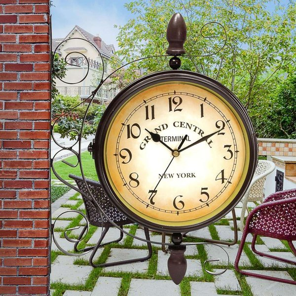 Retro europäischen Stil Metall doppelseitige Wanduhr Garten Vintage Wanduhr Mute Double Sided Home Decoration