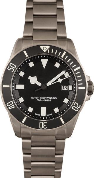 Excellent Men's Watch Satin finish titanium (42mm) w/ black ceramic bezel insert w/ luminous markers Black w/ luminous Snowflake hands and