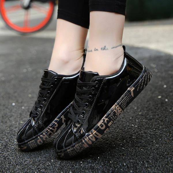 ARUONET Chaussures De Luxe Hommes D'or Mode Respirant En Cuir Chaussures Hommes Grande Taille Marque Appartements D'été Casual Dentelle Jusqu'à Hommes Formateurs