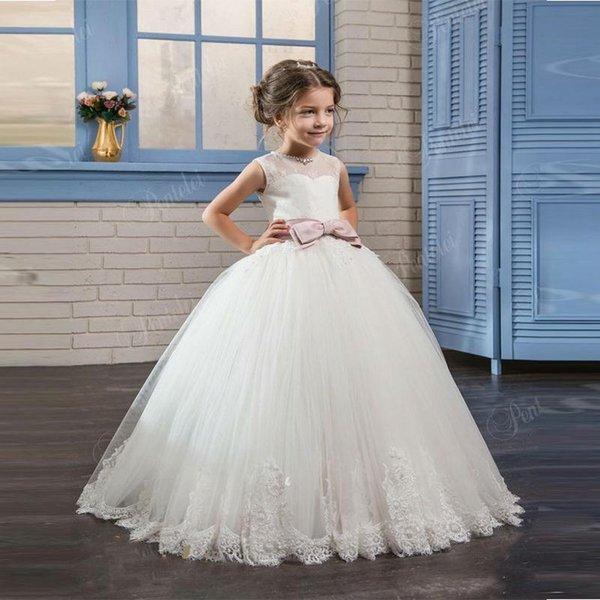 Robes fille de fleur perles o-cou dentelle jusqu'à arc ceinture ceinture robe sans manches sur mesure première robe de communion