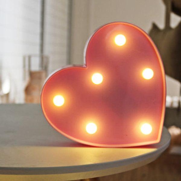 3D Cute Pink Heart LED Wall Night Lights Marquee Light Decoración para el hogar Luminaria Wall Table Desk Desk Light
