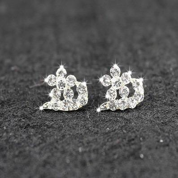 Bridal Jewelry Star Moon circular new clover anti allergy star moon Silver Diamond pierced earrings cheap shipping type Weddings & Events