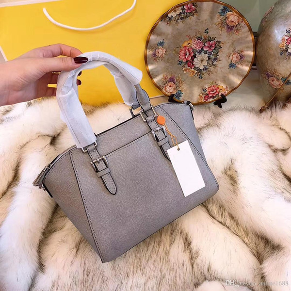 Explosion Brand Luxury Women Spikes Handbags Designer 11 Colors Soft Leather Crossbody Bag Shoulder Strap Ladies Tote Shoulder Bags