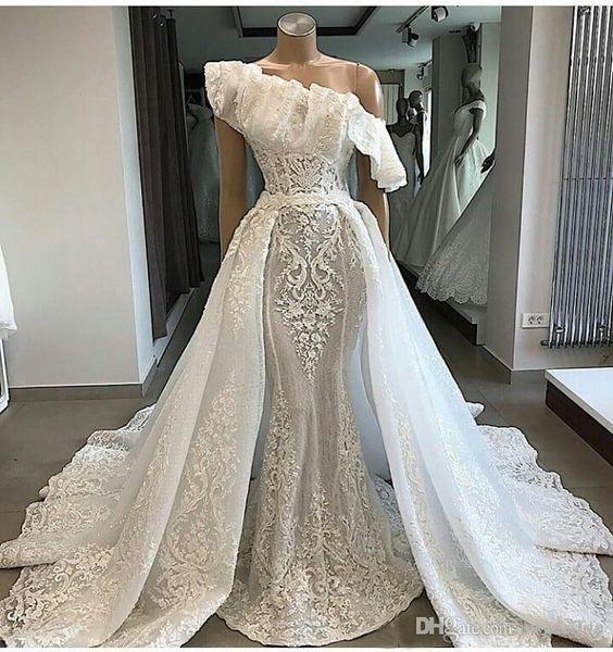 2019 Luxury Ruffles Elegant One Shoulder Lace Wedding Dresses with Detachable Court Train Applique Mermaid Bridal Couture Engagement Dress