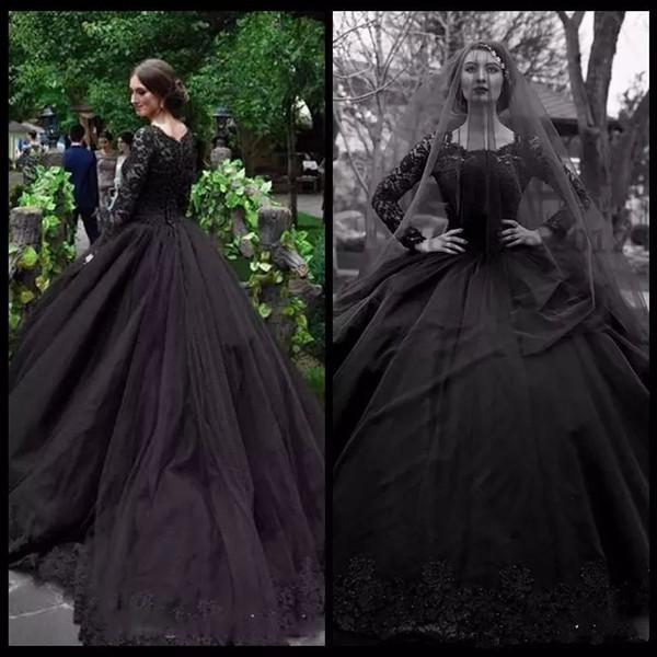 Robe de mariée gothique noire en mousseline de soie à encolure carrée à manches longues et longue de mariée avec robe de mariée avec sequins, perles et jupes