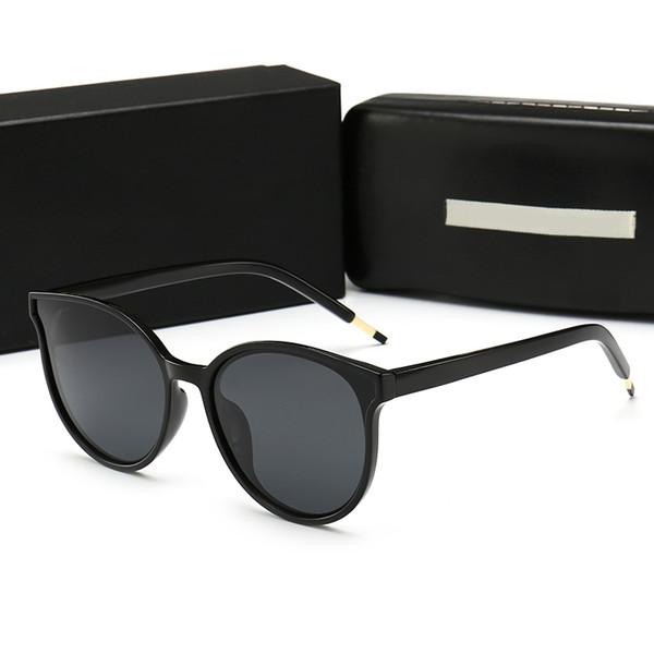 Kadınlar için 2019 Sıcak Güneş Gözlüğü Tasarımcı Trend Yuvarlak Gözlük Yüksek Kalite Perakende Kutusu ile UV Koruma Sokak Gözlük Moda Güneş Gözlüğü