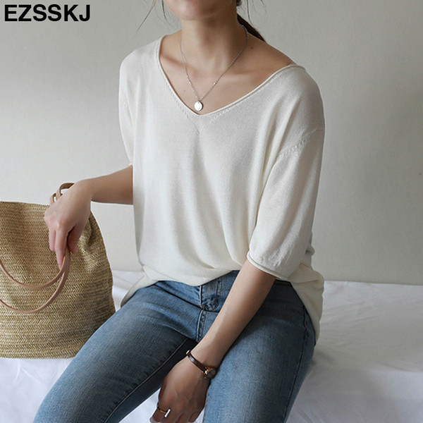 2019 Summer Thin Knit Oversized T-shirt For Women V-neck Big Top Girls Casual T Shirt Basic Pullover Female Short Sleeve Solid C19041001