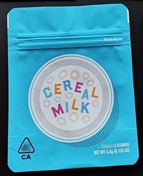 Sacchetto di biscotti al latte e cereali