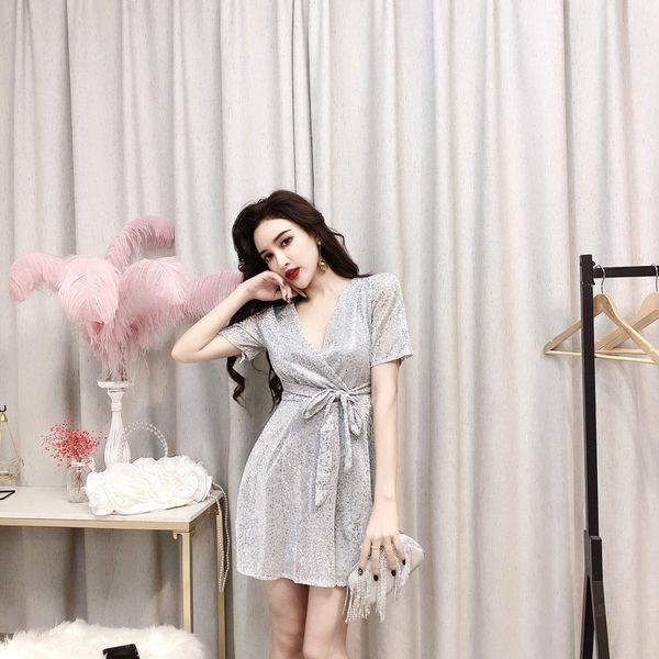 Summer 2019 New Korean Sexy Women Clothing Nightclub Wear V-neck short-sleeved sequined Party Beach Dress Short Skirt QC0158