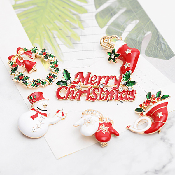 2018 Merry Christmas Enamel brooches Pin women Tree snowman Tie sock Shoes Elk gloves garland Lapel badge For men Fashion Party Jewelry Gift