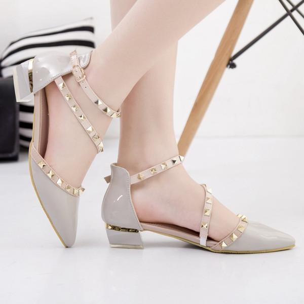 Grau Low-Heels