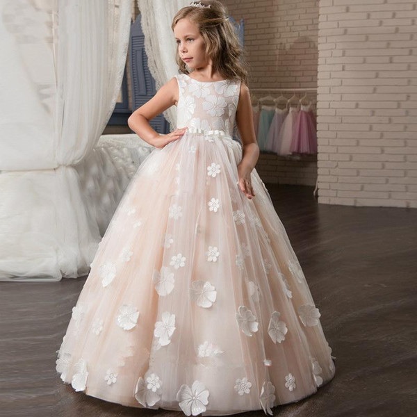 2020 Hot Flower Girl Dresses Blush Pink First Communion Gowns For Girls Ball Gown Cloud Beaded Pageant Gowns Vestido De Daminha