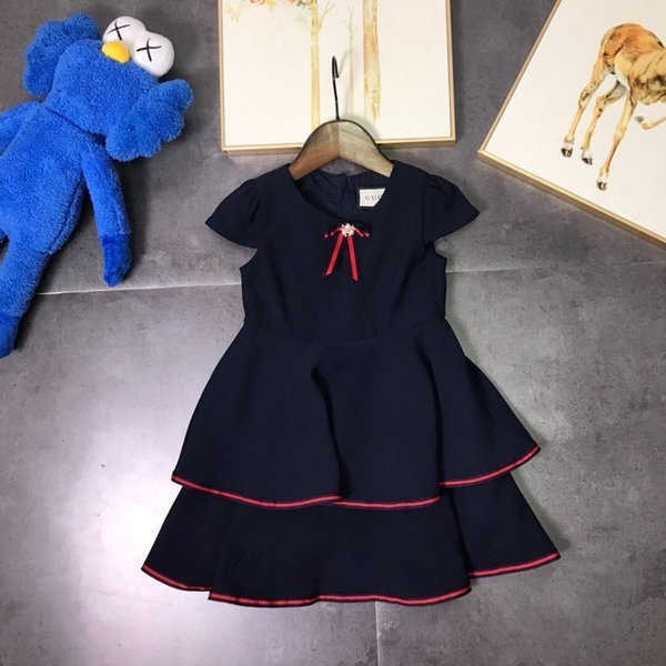 Girls' skirt, navy style, simple and generous style, skirt, pleated design, delicate fabric, comfortable upper body, soft and breathable