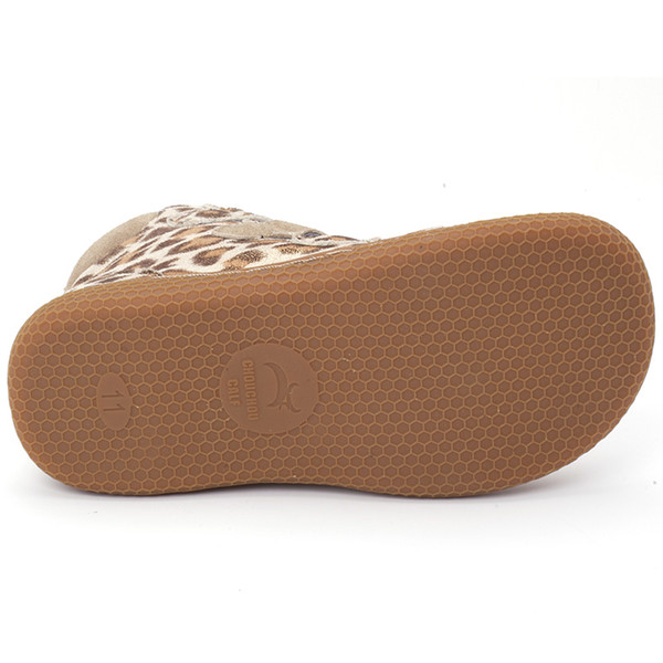 Honeycomb shape sole