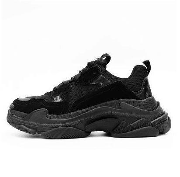 Top 100% TOP Fashion Paris 17FW Sneakers Triple-S Triple S Casual Scarpe da papà designer Mens Womens Beige Nero Sport Chaussures