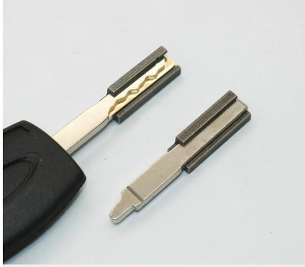 Foco HU101 Chave Duplicando Grampo de Fixação 2 pçs / set Chave Máquinas Chuck Máquinas de Corte Acessórios para Ford Focus Blank Key Cutting