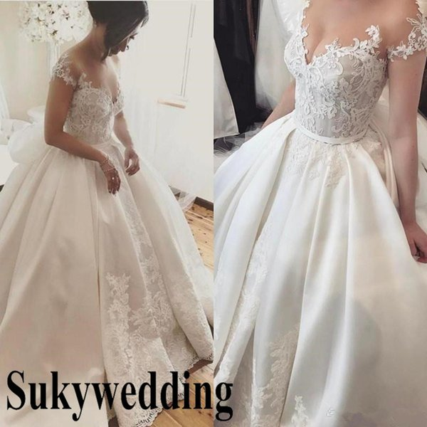 2019 New Ball Gown Wedding Dresses Off The Shoulder Appliques Lace Country Church Wedding Dress Vintage Plus Size Bridal Gown Cinderella