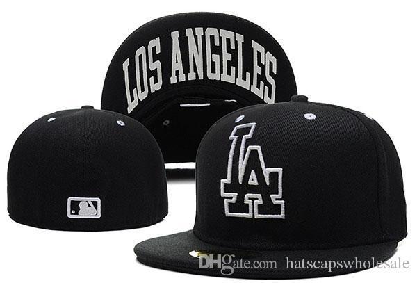 Baseball pour hommes LA en couleur noire Nom de la ville sous le plat Bord Sport Team la fermée Caps One Piece pas cher Hommes Femmes
