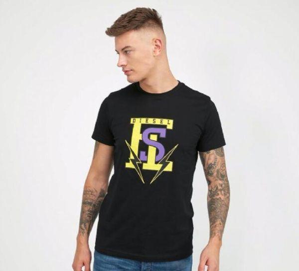 2018 Европа и прилив бренда камуфляж вышивки с коротким рукавом мужчин и женщин случайные любовники в Соединенных Штатах мужские футболки